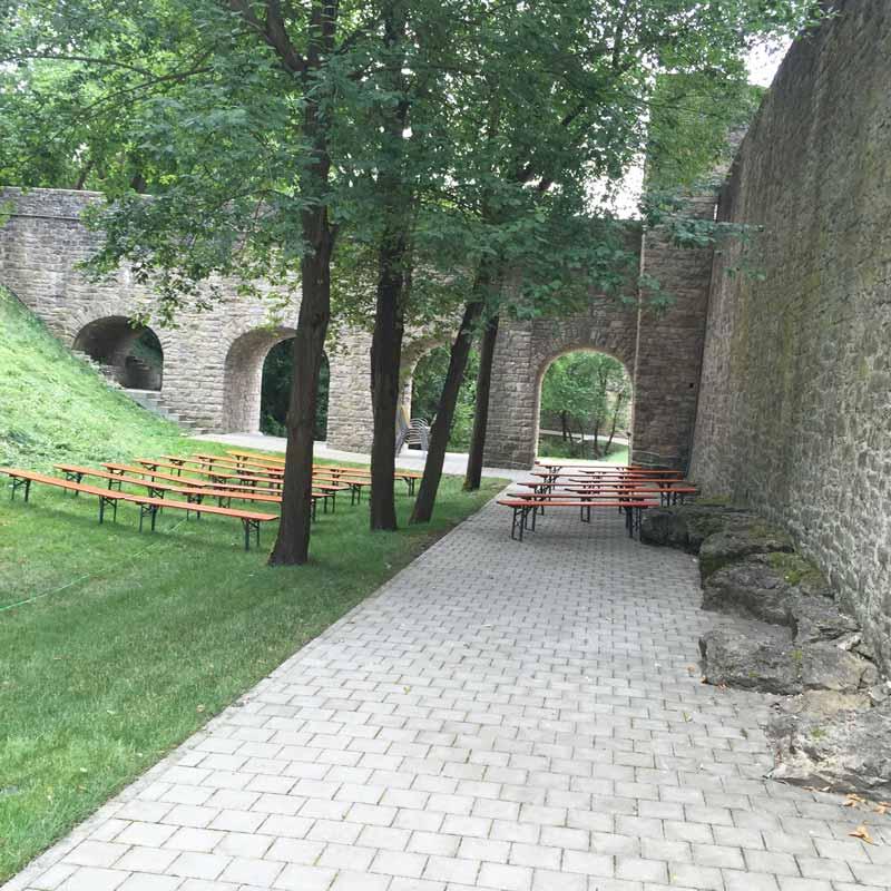 Burg Arnstein Burggraben