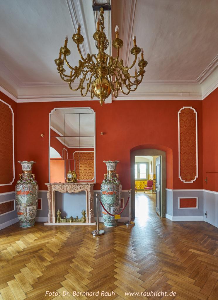 Roter Salon in der Burg Arnstein